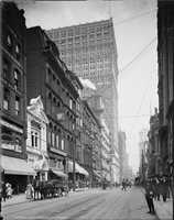 1904 - A look down Fifth Avenue in Pittsburgh