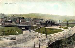 1908: Tunnel that was built in 1899 and the Pennsylvania Railroad Station