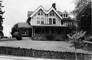 This house at Lebanon Avenue and Washington Road was built by Evelyn Nesbit's mother in 1915 and was known as the Evelyn Nesbit house after the infamous Gibson Girl who drove Henry K. Thaw to murder architect Stanford White.