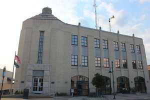 It still houses the municipality's administrative offices.
