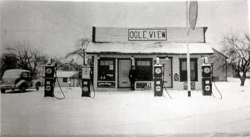 The Ogleview store in 1940.