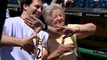 """Hal Sparks flashes the """"Z"""" at PNC Park"""