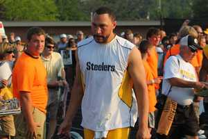 Backup QB Charlie Batch (16) enters...Did you take any photos at training camp? Share them with us by clicking here or e-mailing ulocal@wtae.com.  You can see viewer photos by clicking here.