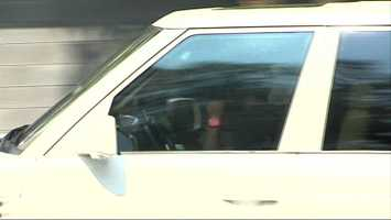 Mike Wallace arrives at the Steelers' South Side offices.