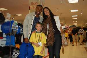 PITTSBURGH, PA - Emmanuel Sanders and his little shopping buddy