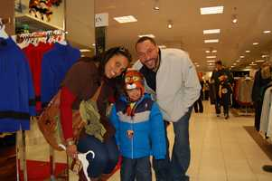 PITTSBURGH, PA - Charlie Batch and his little shopping buddy