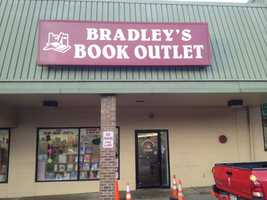 Bradley's Book Outlet in Scott Township