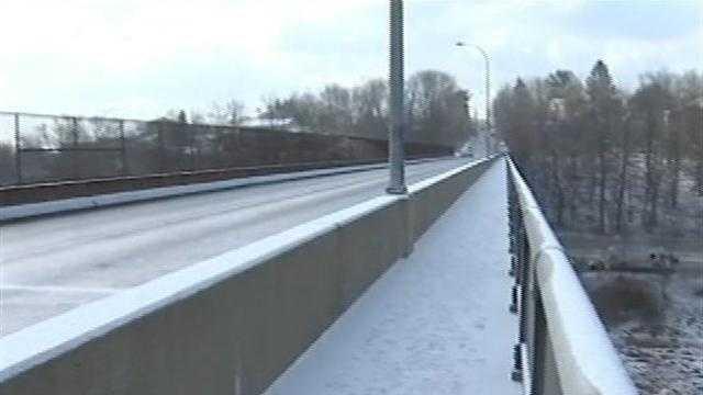 Center Avenue bridge
