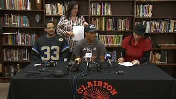 Tyler Boyd signs his letter of intent to play for Pitt