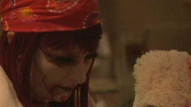 'Til death: Zombie couples celebrate Valentine's Day