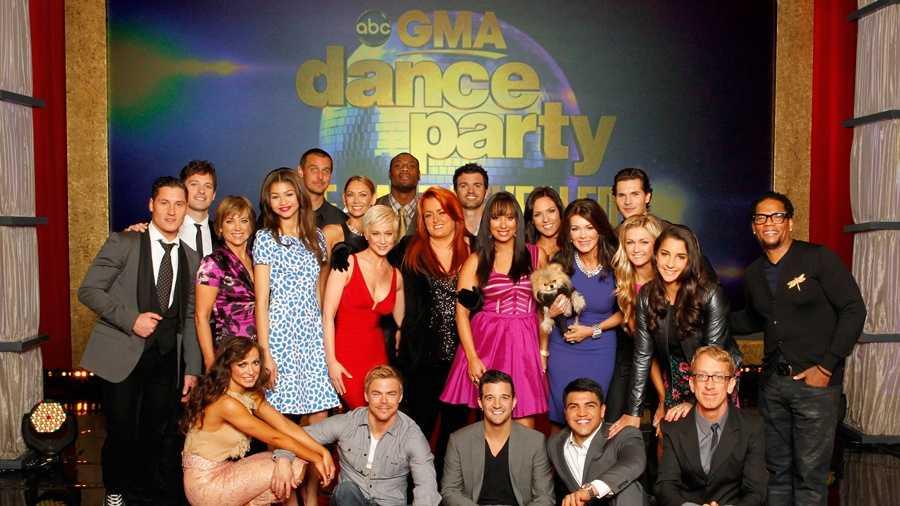 Season 16 Cast Group Photo