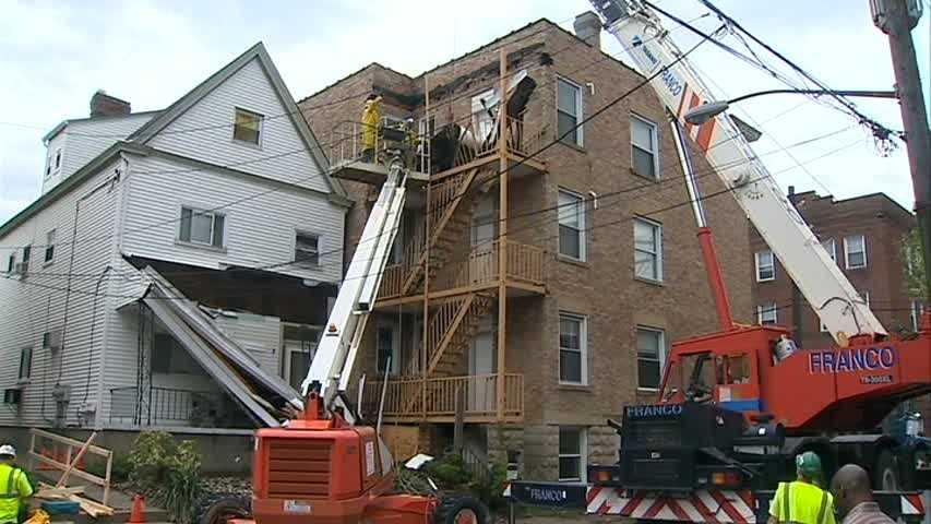 Shadyside awning collapse 1