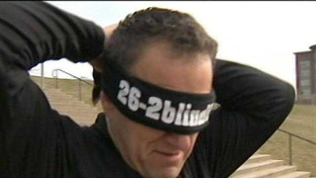 Father to run Pittsburgh Marathon blindfolded for daughter