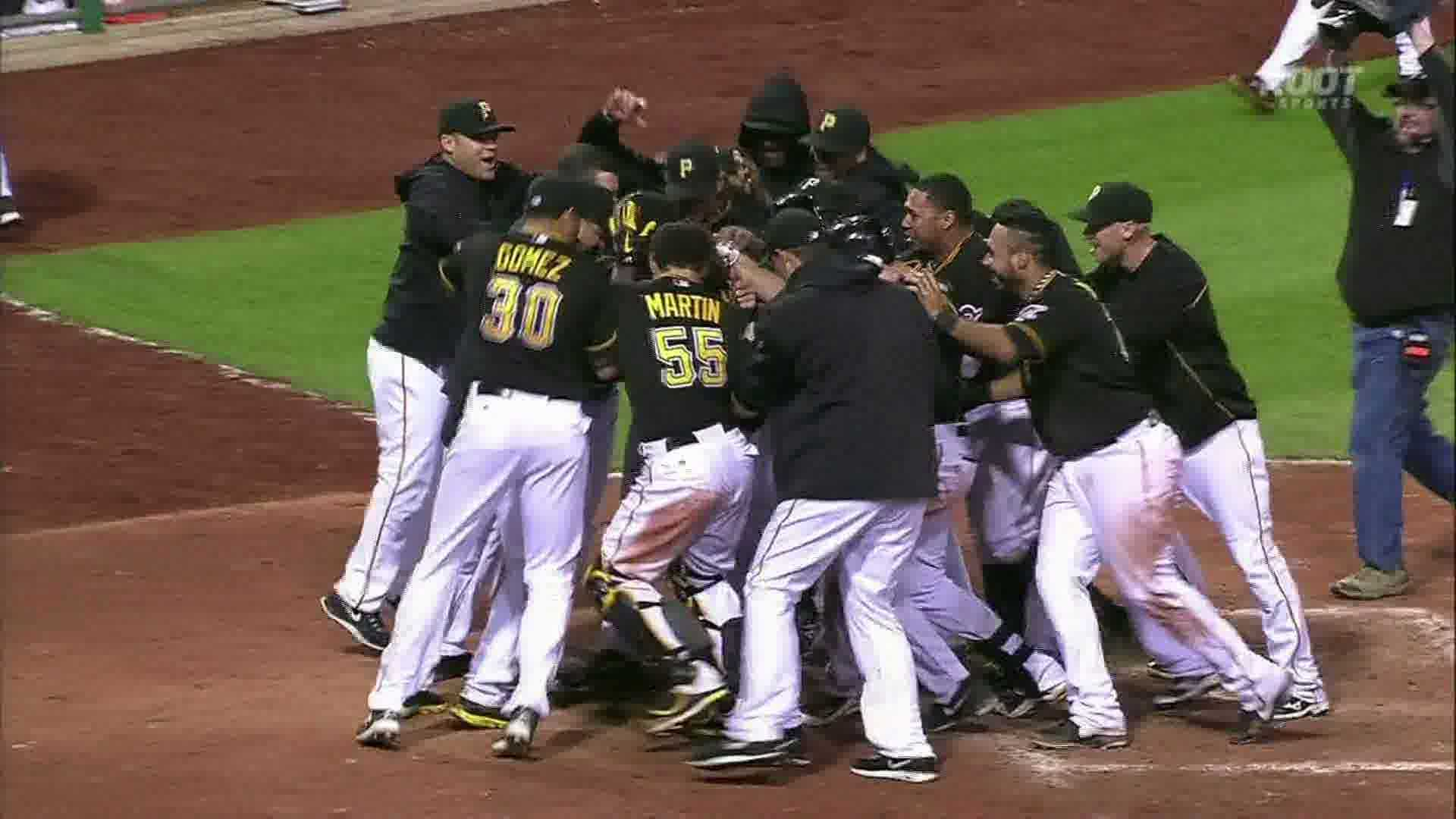 Pirates celebrate McCutchen's homer