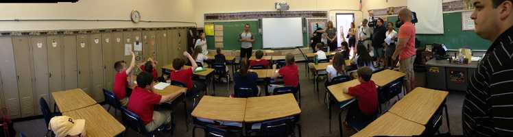 A panoramic view of Michael McKenry's visit to the St. Sylvester classroom