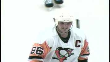 In 1991, Mario Lemieux wore a jersey and owned the ice.