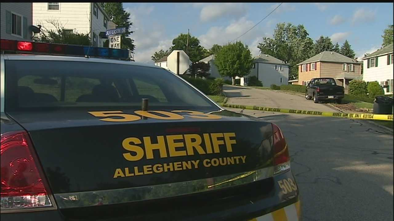 img-Clairton police officer shoots suspect