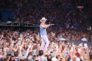 """Kenny Chesney's """"No Shoes Nation 2013"""" Tour will be raising it's Flag At Heinz Field on June 22nd! Check out this photo from his tour."""