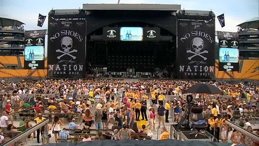Kenny Chesney No Shoes Nation Tour