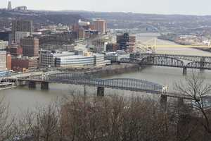 """Pittsburgh is """"The City of Bridges."""" A 2006 study counted a total of 446 bridges (defined as having piers and stands), making it the city with the most bridges in the world, ahead of Venice, Italy."""