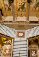 The world's first museum of modern art was opened in Pittsburgh in 1895, it was the Carnegie Museum of Art.(pittsburghcityliving.com)