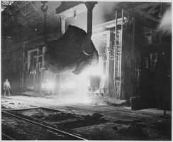 """Pittsburgh played an important role in the iron and steel industry and was known as the """"Steel City."""" The city produced steel that was used to construct both the Empire State Building and the Golden Gate Bridge.(pittsburghcityliving.com)"""