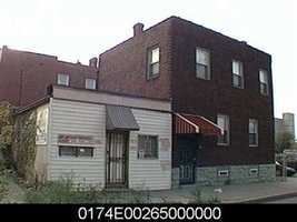 Here's what the building used to look like, as pictured on the Allegheny County real estate website.