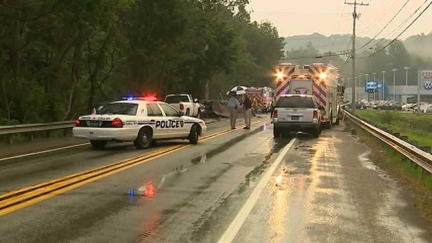 Golden Mile Highway crash 06