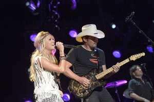 """CARRIE UNDERWOOD & BRAD PAISLEY - The summer's hottest television music event, """"CMA Music Festival: Country's Night to Rock,"""" (Photo: ABC/Jon LeMay)"""