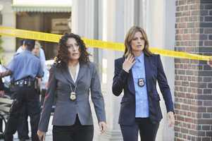 "Last season ended with Beckett wrestling over whether to take a high-profile job in DC -- a dilemma made more complicated when Castle proposed to her. In the Season 6 Premiere of ""Castle,"" Castle and Beckett will deal with the consequences of their decisions against the backdrop of a high-stakes investigation, MONDAY, SEPTEMBER 23 (10:01-11:00 p.m., ET) on the ABC Television Network. Lisa Edelstein (""House"") guest stars in a three-episode arc as a tough and highly-skilled Federal investigator whose appearance plays a vital role in Beckett's decision about her future."
