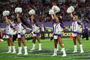 Minnesota Vikings cheerleaders