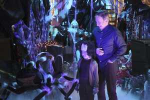 "When Vanessa tries to relive her PTA glory days by taking over the Halloween haunted house fundraiser for Boyd's school, her ideas prove too scary for him. Now, Mike must find a way to reassure Boyd and help him face his fears, on ""Last Man Standing""."