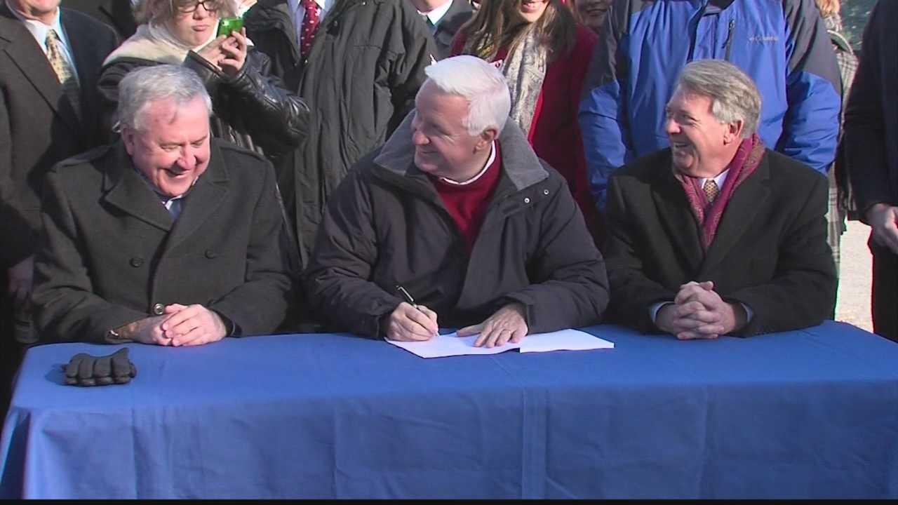 img-Gov Corbett signs transportation bill