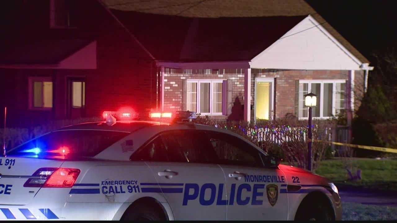 img-Source Man slain in Monroeville cop gunfight was ex-boyfriend