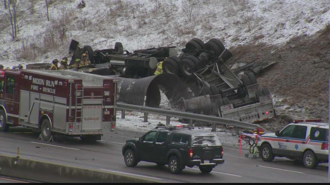 Parkway West crash 01.jpg