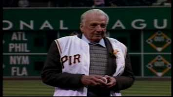 Ralph Kiner threw out the first pitch before Pittsburgh's home opener in 2003.