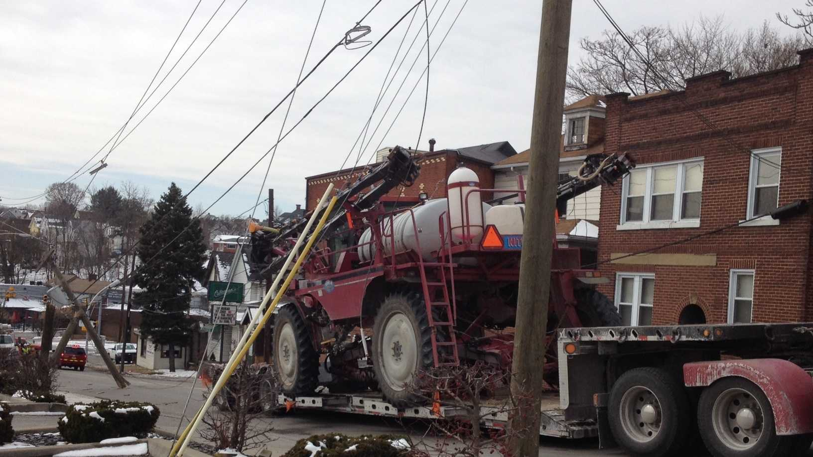 Truck clips power lines in Greensburg