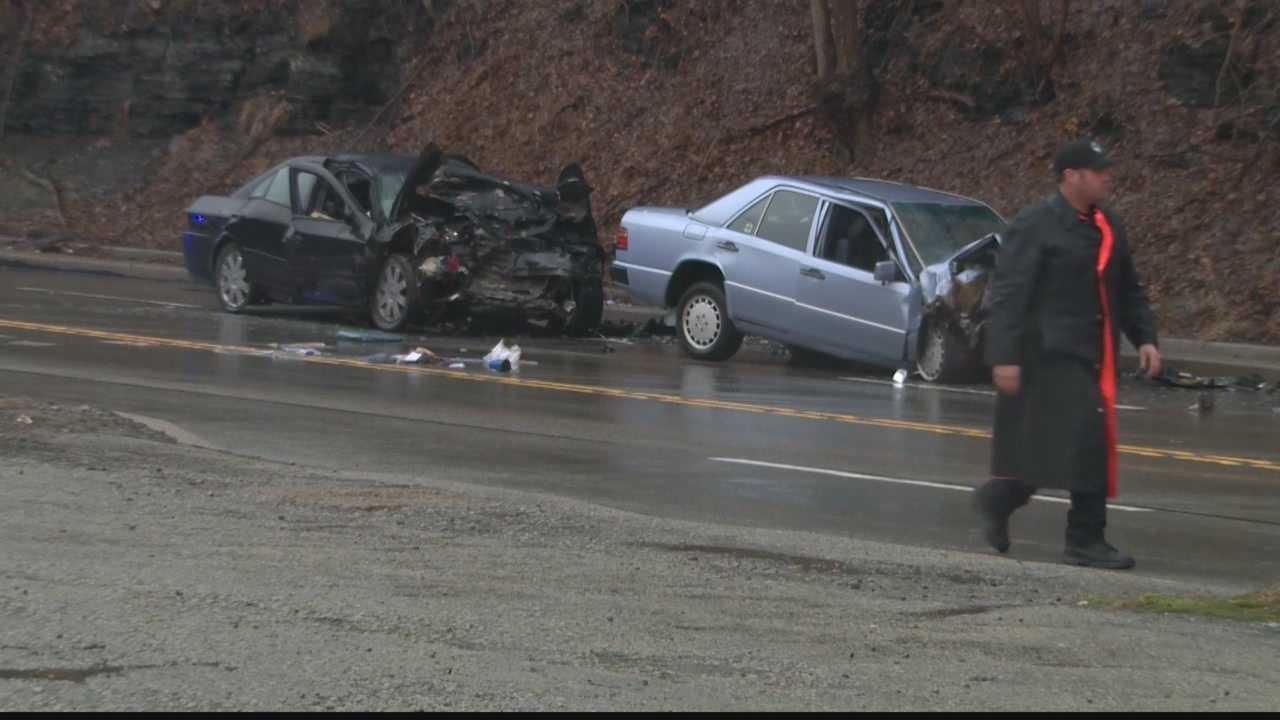 Two dead following White Oak crash