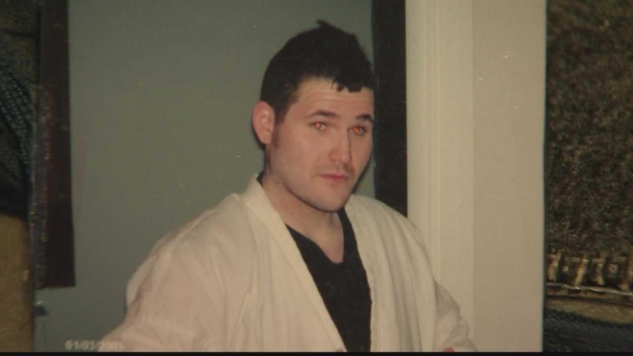 Father says good Samaritan may have saved son's life after stabbing