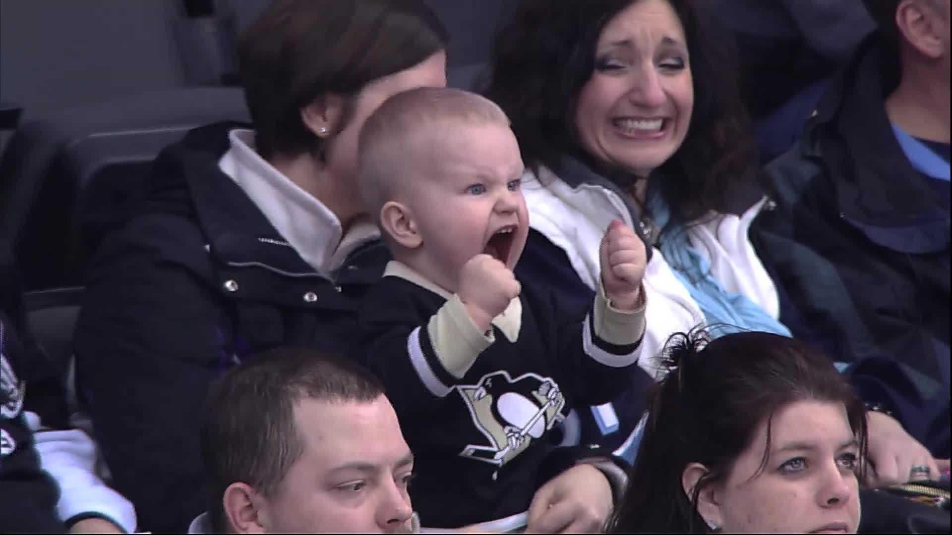 img-penguins screaming baby