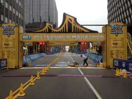 Light drizzle @ the finish line #PGHMarathon