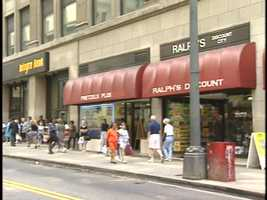 Across the street from Kaufmann's in 1994 was Integra Bank at the corner of Fifth and Smithfield. Next to the bank was Pretzels Plus. It was hard to resist the delicious aroma of fresh pretzels as you walked past the window or stood and waited for a bus.
