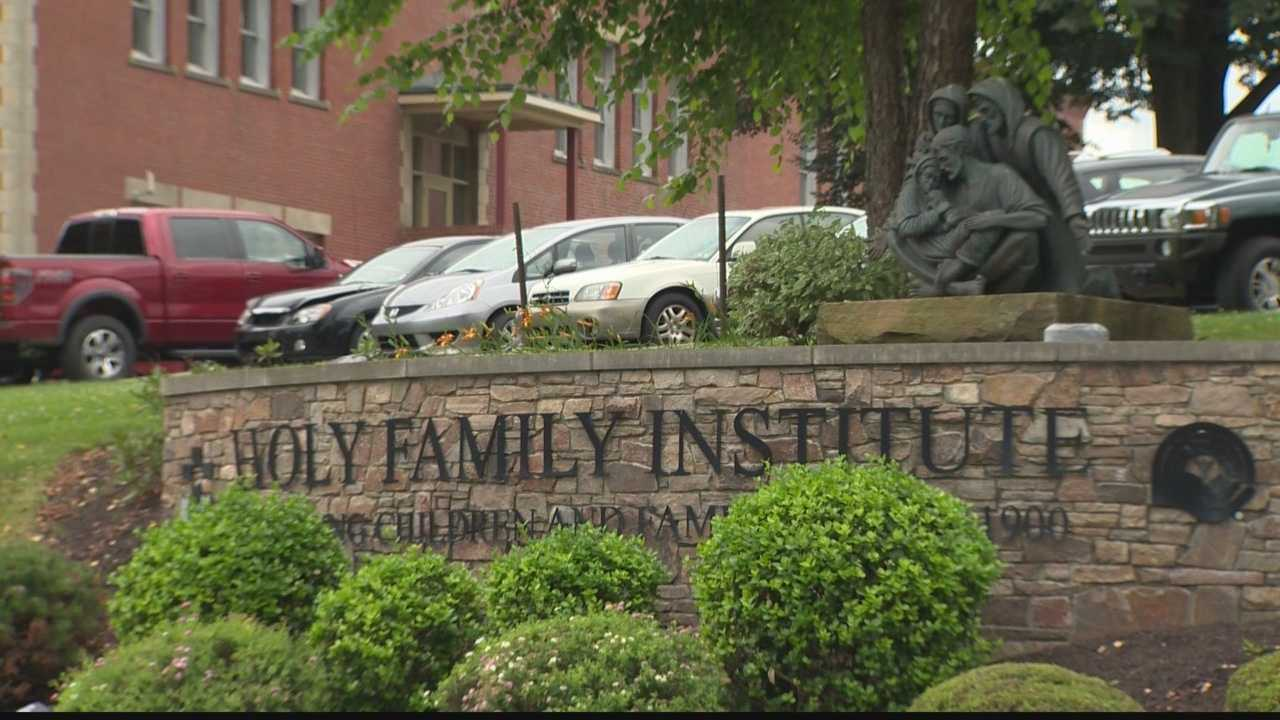 Holy Family Institute meets with Emsworth residents on immigrant children concerns