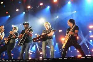 "DARIUS RUCKER -- CMA MUSIC FESTIVAL: COUNTRY'S NIGHT TO ROCK - The ABC Television Network airs ""CMA Music Festival: Country's Night to Rock"" on TUESDAY, AUGUST 5 (8:00-11:00 PM/ET). (ABC/Derek Martinez)"