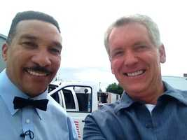 Mike takes a selfie with legendary boxing referee Tony Weeks