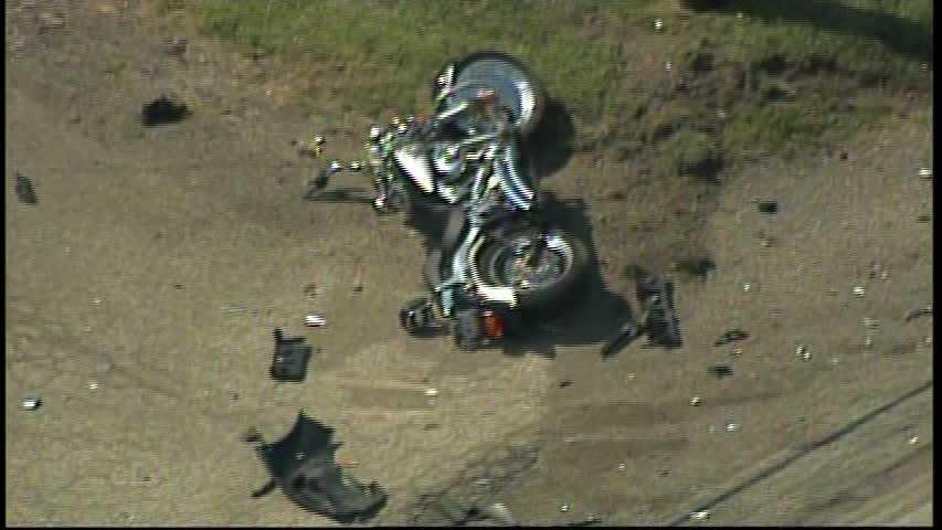 img-Route 8 crash 02