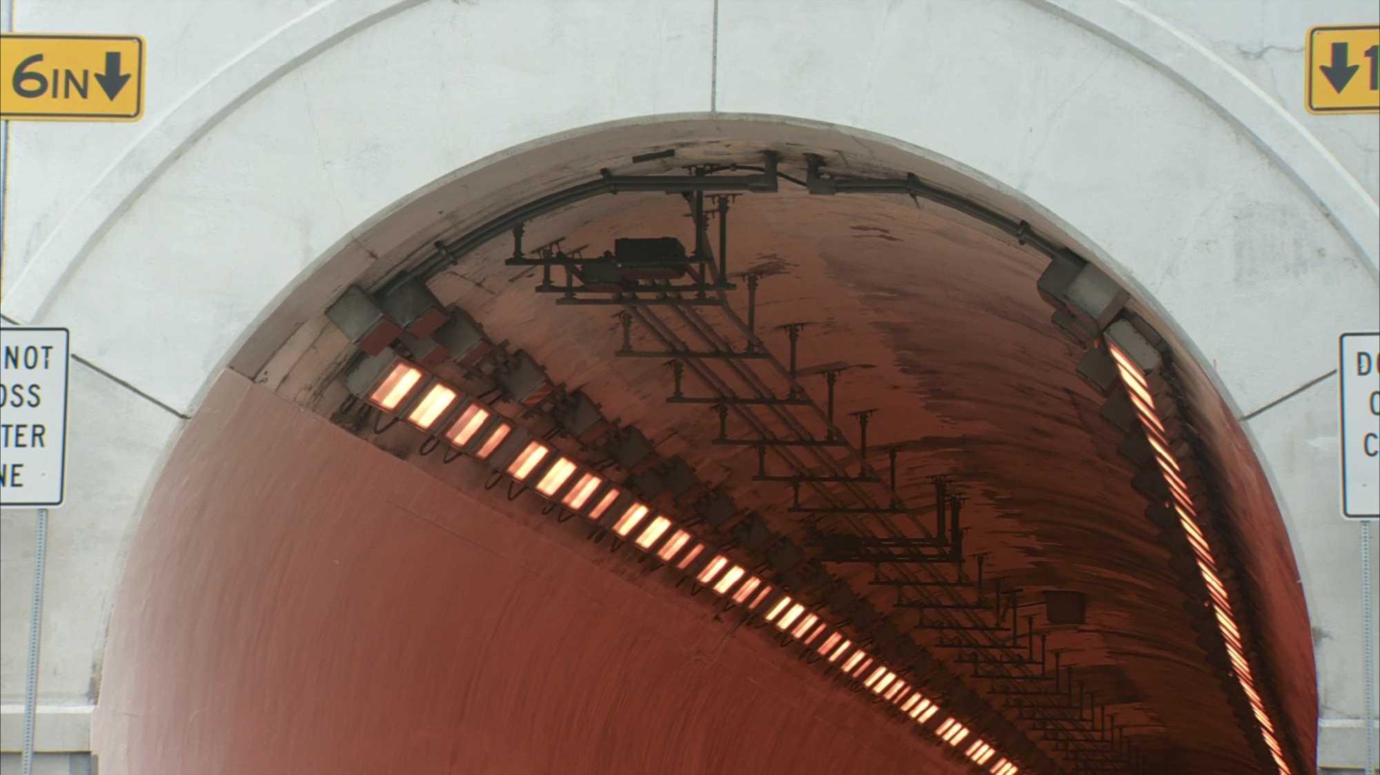 Liberty Tunnel (lights).jpg