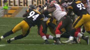 Lawrence Timmons led the Steelers' defense with 10 tackles.