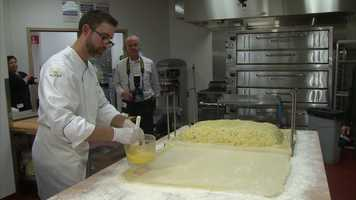 Chefs brush the dumpling with butter ...
