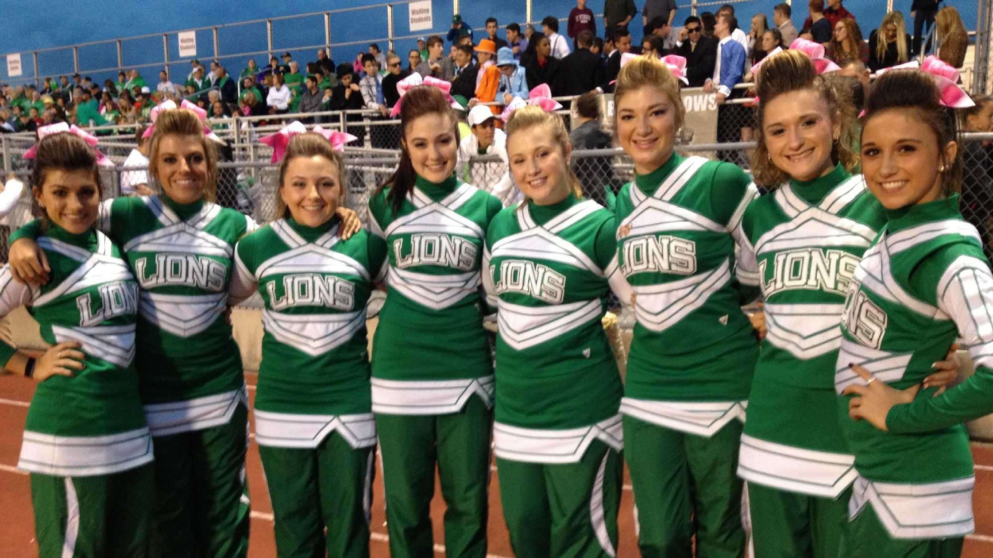 South Fayette cheerleaders